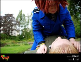 APH-cosplay: Top of the world by Kumagorochan