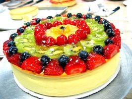 Fruit Cheesecake by asthetiq