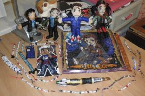 The world of Doctor Who... on my table! by CarryPhoenix
