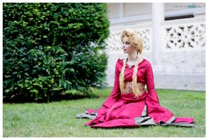 Cersei Lannister cosplay by ThelemaTherion