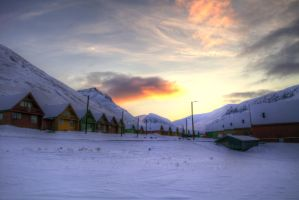 Svalbard Houses HDR by FinnianTerra