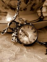 Alice Pocket Watch Necklace by Nya99