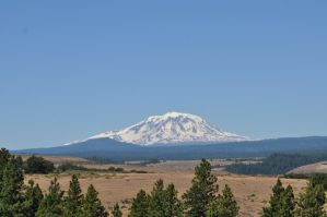 Mount St. Helens 2 by Willowedwolf