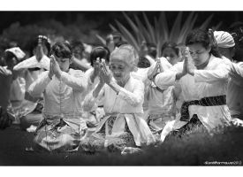 Praying by allanddharmawan