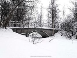 Snowy bridge by Koljan