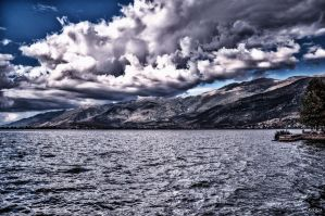 Threatening sky at Ioannina by Rikitza
