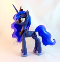 S2 Luna prototype by krowzivitch