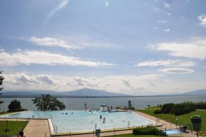 sky over lake and piscine at Nyon by Rikitza