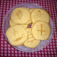 Laser Engraved Holiday Cookies by dizzyflower28