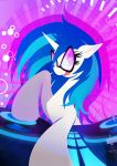 Vinyl Scratch / DJ Pon3 - adequate volumen by Rariedash