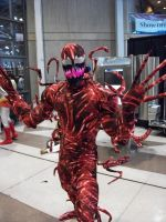 carnage cosplay at nycc 2010 by lenlenlen1