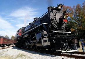 Southern 4501 going towards the Turntable by JamesT4