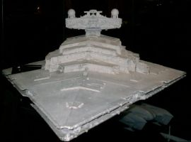 Imperial Star Destroyer by theneopetmaster
