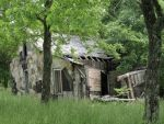 Dilapidated Arkansas House by PeaceFrogArt
