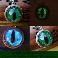 Green Scale Dragon Eye Pendant - Take 2 - GLOW by LadyPirotessa