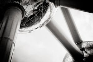 Atomium by insolitus85