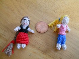 Two worry dolls by onlyRa
