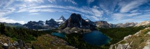 Mt. Assiniboine (Canada) by aufzehengehen