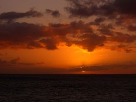 hawaiian sunset by davecbend