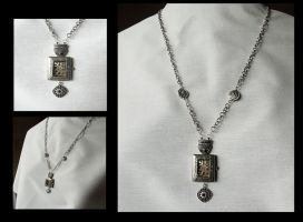Steampunk Watch Pendant by tanyadavisart