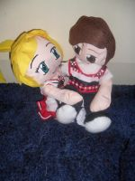 Plushies in Love Artie n Brit by lilkimmi27