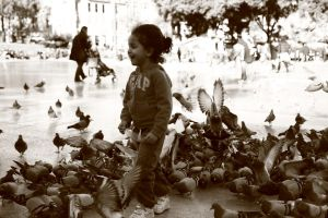 Pure happiness in Barcelona by LPeregrinus