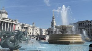 trafalgar square by Duckmad