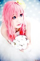 Megurine Luka The Bride by alfenneo
