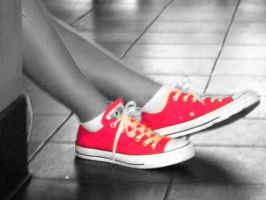 pink converse by fire-gust