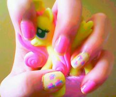 FlutterShy Inspired NailArt by miss-manami