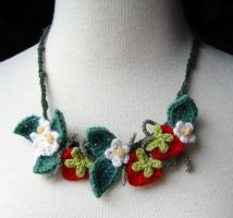 Crochet Necklace Strawberries by meekssandygirl