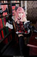 Seraph of the End Cosplay 7 by eefai