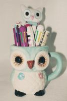 Owl Mug (with pens) by apparate