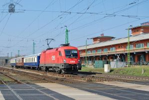 1116 027 with special train in Gyor by morpheus880223