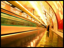 Paris Subway... by MichiLauke