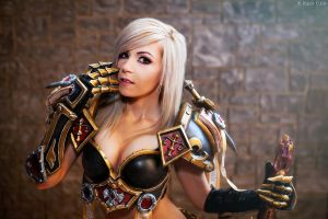 Paladin - World of Warcraft by Paper-Cube