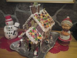 Gingerbread house by mimmigirl