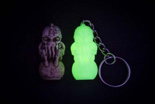 Glow-in-the-Dark Cthulhu Keychain / Game Token by Kilh
