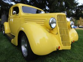yellow car by finhead4ever