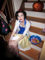 Snow White :) by AlyssaPhillips