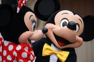 Mickey and Minnie 02 by SonicHearts