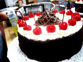 Black Forest Cake by asthetiq