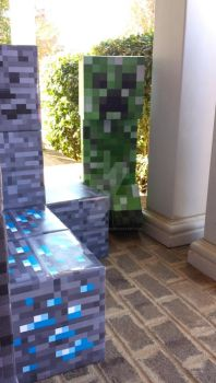 Minecraft Halloween - Creeper by squirrelismyfriend