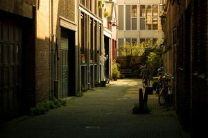Amsterdam Alleyway by PrimalClone