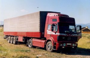 Mercedes Benz Truck ... by PepiDesigns