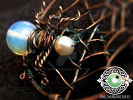 Wire Wrapped Pendant Spider Web by eeeweeelin