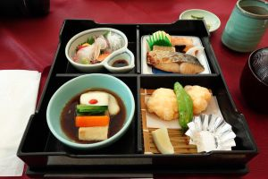 Japanese box lunch by tarynsgate