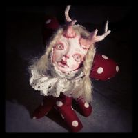 made another weird doll. deer weirdo! by Mai-Ja