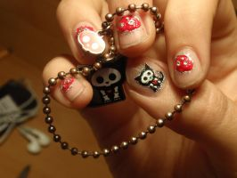 skelanimals nails by Ninails