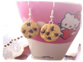 Chocolate Chip Cookie Earrings by Cateaclysmic